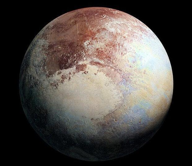 آیا پلوتو واقعا سیاره است؟