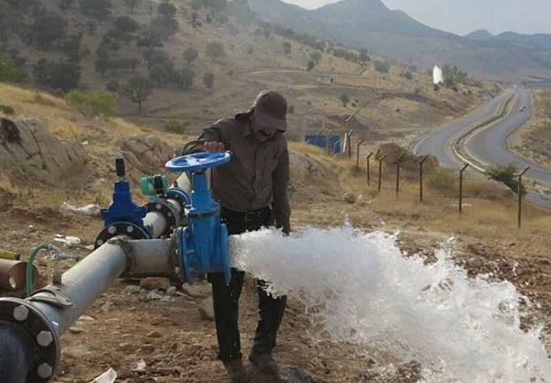 خبرنگاران آبفا فارس: شرایط کیفی آب شرب شهر بیرم لارستان مطلوب است